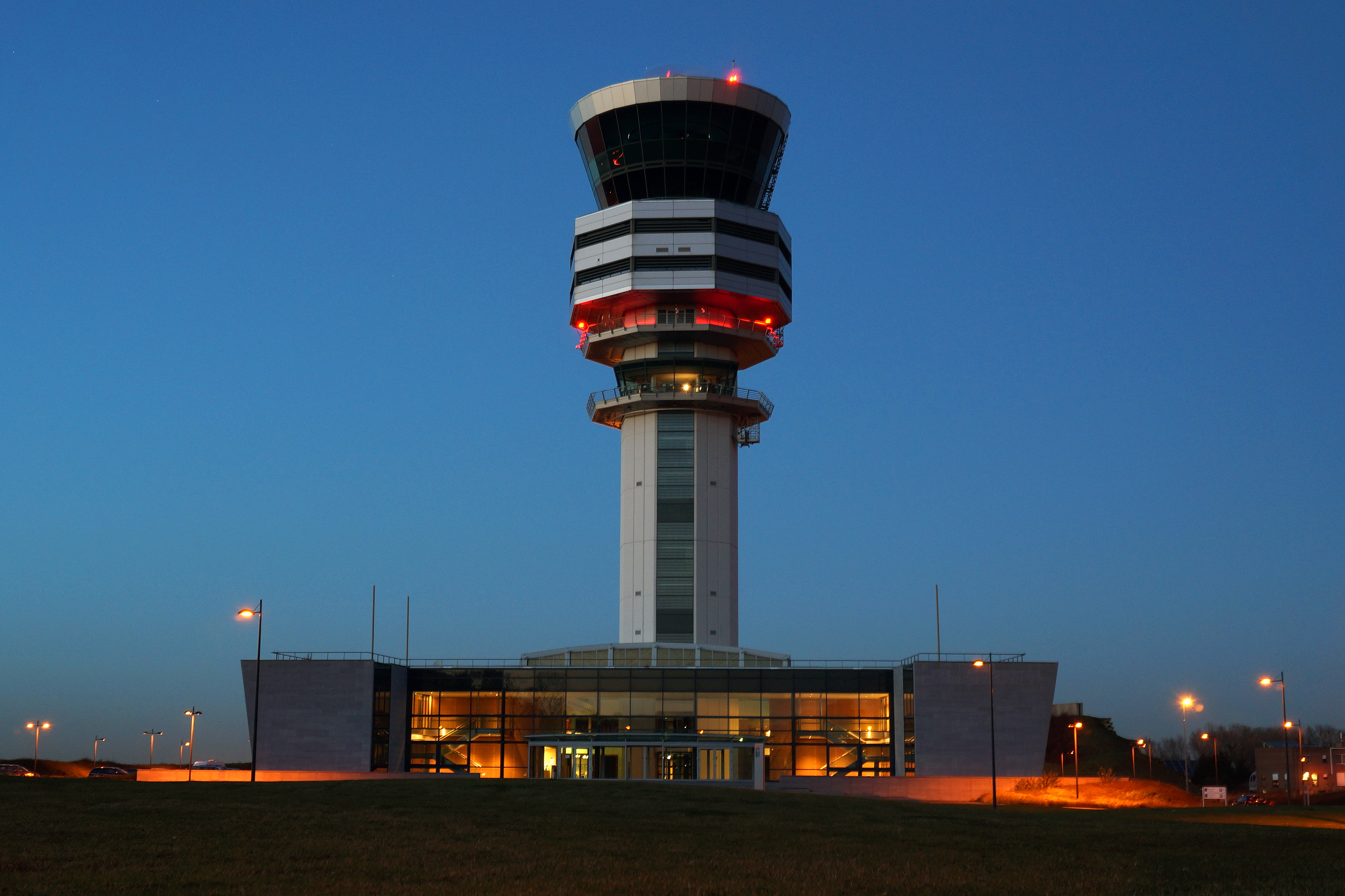 Air Traffic Control News – New Life for GPS Backup
