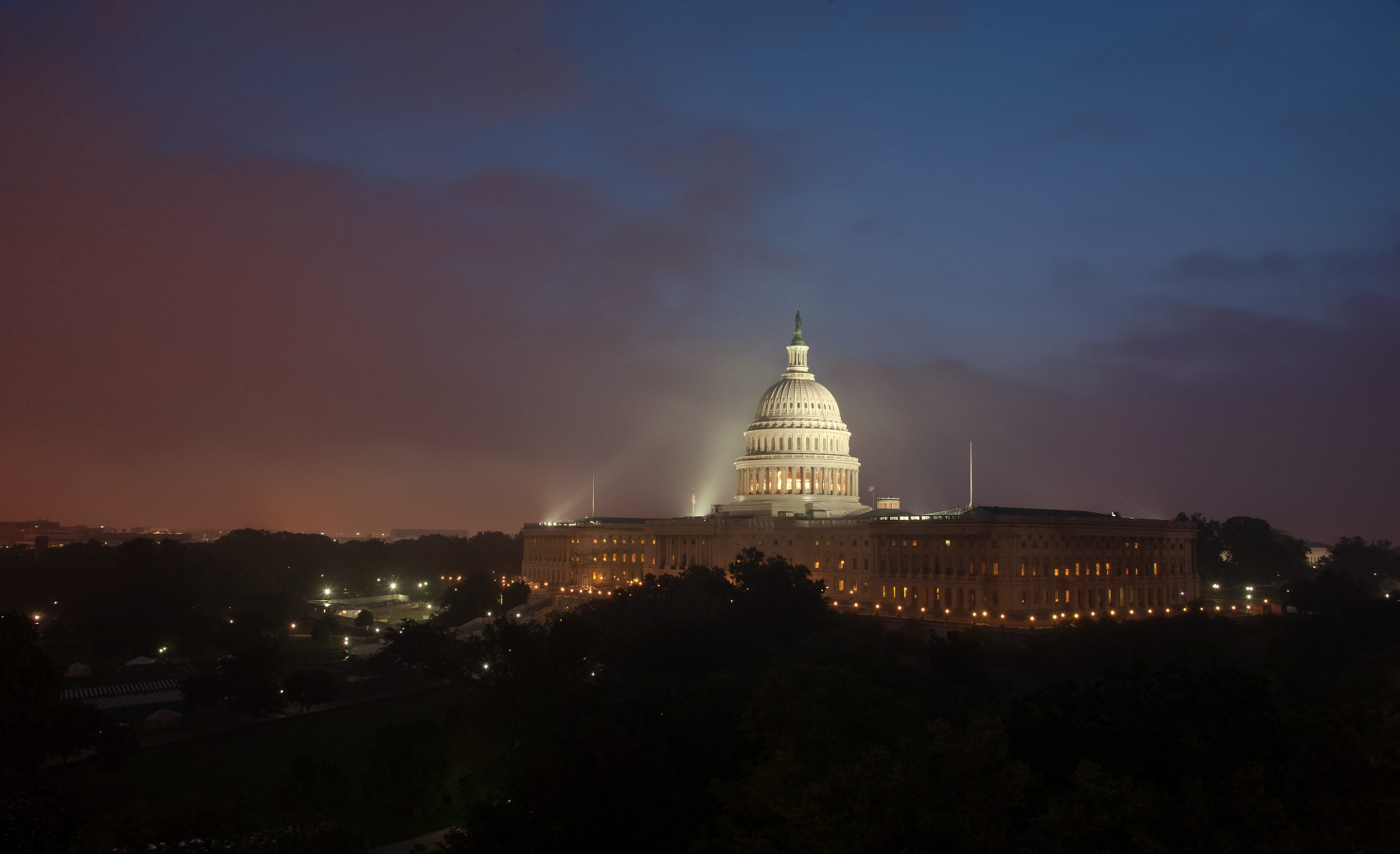 Defense Bill 2018: GPS Backup Demo, Use Other GNSS
